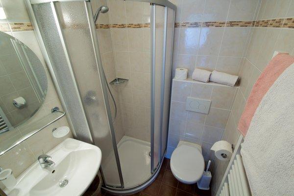 Foto del bagno Camere private + Appartamenti Haus Hubertus