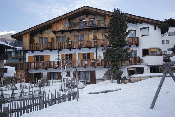 Foto esterno in inverno Haus Hubertus