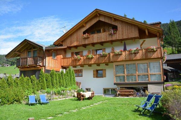 Foto estiva di presentazione Haus Ortner - Camere + Appartamenti 2 soli