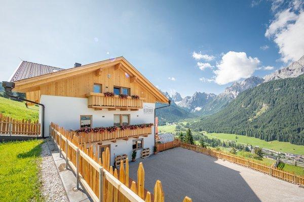 Foto esterno in estate Reidenhof