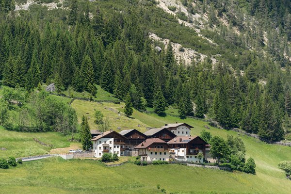 Position Apartments Ai Sanc' Corvara
