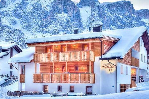 Winter Präsentationsbild Ferienwohnungen Haus Albertini