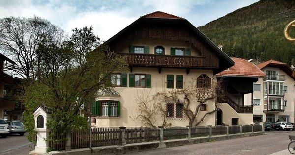 Sommer Präsentationsbild Villa Frenes - Ferienwohnungen 3 Sonnen