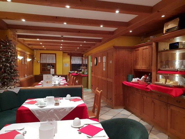 The breakfast Chalets Dolomites Brigitte - Apartments & B&B