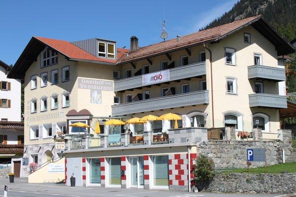 Foto estiva di presentazione Hotel Am Reschensee