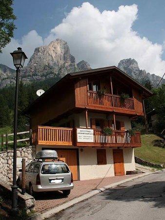 Foto estiva di presentazione Appartamento Dell'Andrea