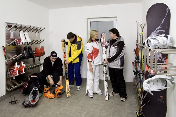 Der Skiraum Garni + Residence Alpenstern