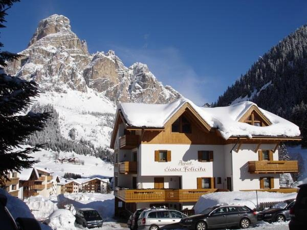 Foto invernale di presentazione Ciasa Felicita - Appartamenti 2 soli