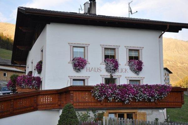 Foto estiva di presentazione Haus Talblick - Camere private + Appartamenti 3 soli