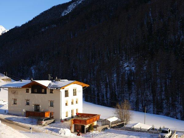 Foto esterno in inverno Haus Talblick