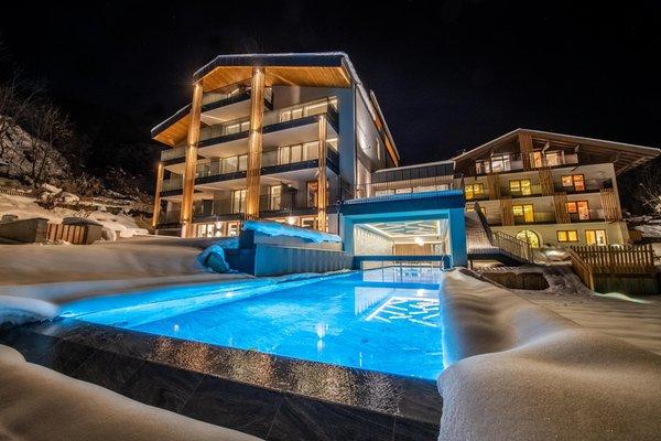 Foto invernale di presentazione Aparthotel Maraias – Luxury Suites & Apartments