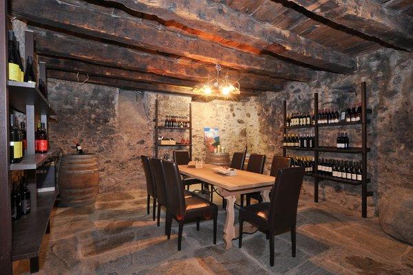 La cantina dei vini Sluderno Burggasthof Zum Weissen Rössl