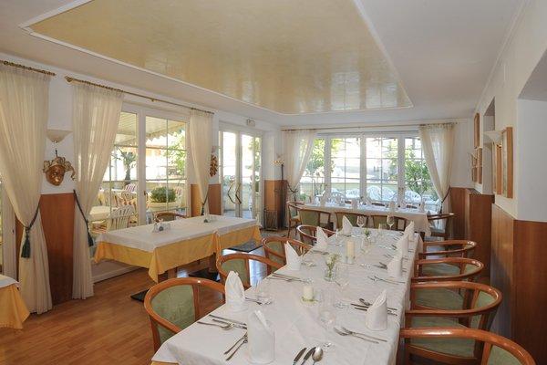 Il ristorante Sluderno Burggasthof Zum Weissen Rössl