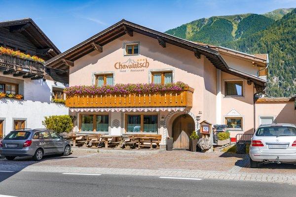 Foto esterno in estate Chavalatsch