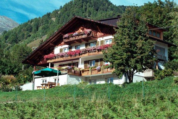 Foto estiva di presentazione Haus Rufinatscha - Garni + Residence 3 stelle
