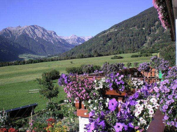Panorama Tubre in Val Monastero