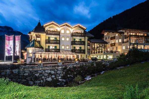 Foto estiva di presentazione Paradies Pure Mountain Resort - Hotel + Residence 4 stelle