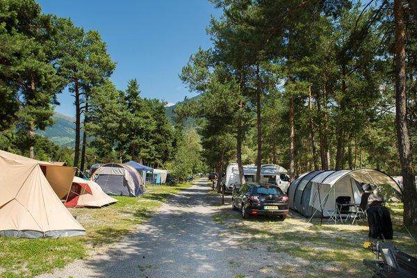 Foto Außenansicht Campingplatz Kiefernhain