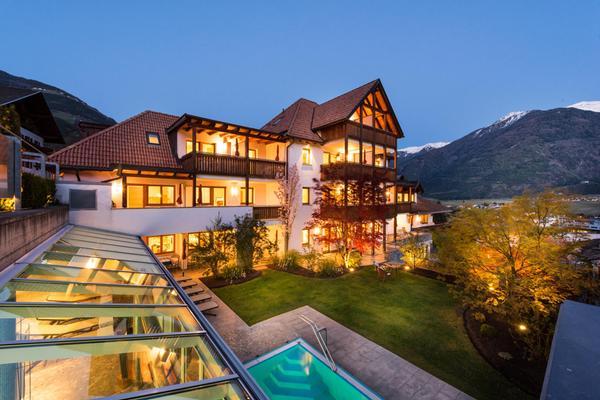 Foto estiva di presentazione Landhaus Fux - Residence 3 stelle