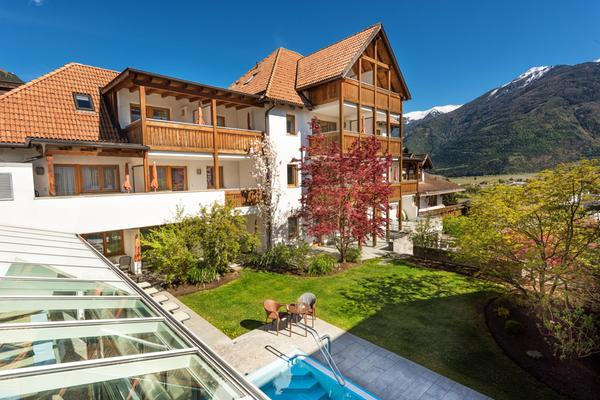 Foto esterno in estate Landhaus Fux