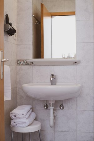 Photo of the bathroom Small hotel Pernthaler