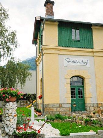 Foto esterno in estate Fohlenhof