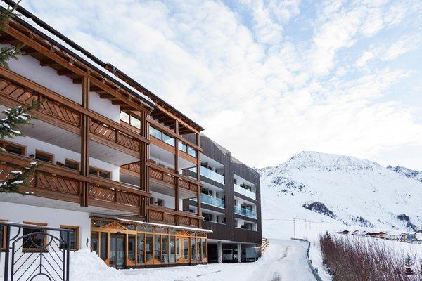 Foto invernale di presentazione Hotel Langtaufererhof