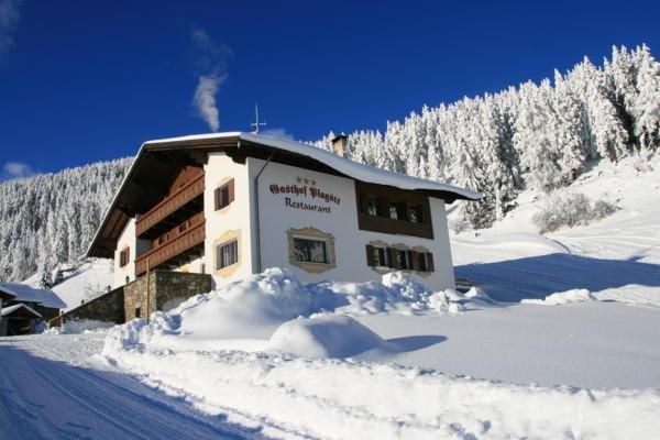 Foto invernale di presentazione Hotel Plagött