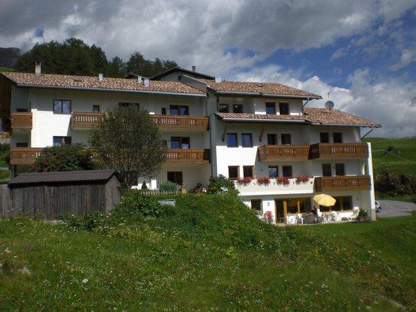 Foto estiva di presentazione Froy - Garni (B&B) + Appartamenti 3 stelle