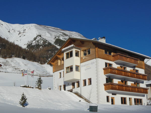 Foto esterno in inverno Alpin