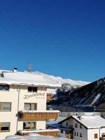 Foto invernale di presentazione Appartamenti in agriturismo Kaschonhof