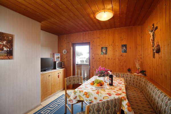 Il salotto B&B + Appartamenti in agriturismo Steinerhof