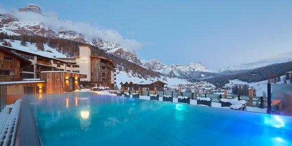 Foto invernale di presentazione Dolomiti Wellness Hotel Fanes