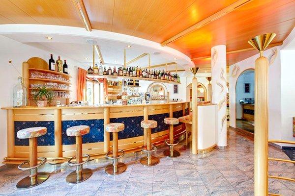 Foto del bar Hotel + Residence Glanzhof
