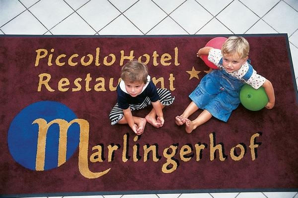 Hotel Marlingerhof TradItDeEn [it=Zona di Merano, de=Urlaubsregion Meran, en=Merano / Meran and environs]