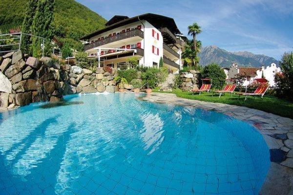 Foto estiva di presentazione Hotel + Residence Sonnenhof