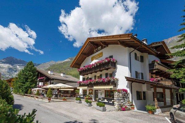 Foto estiva di presentazione Hotel Alpenblick