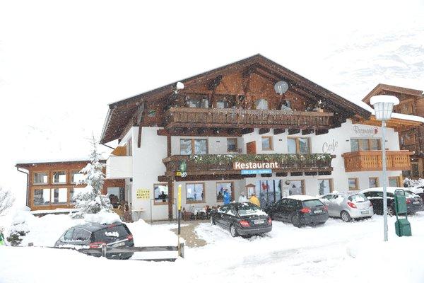Foto esterno in inverno Hotel Wellness e Sapori Rosmarie