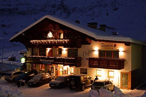 Foto invernale di presentazione Hotel Wellness e Sapori Rosmarie - Hotel 3 stelle
