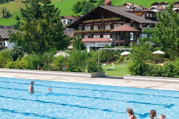 Foto estiva di presentazione Martinerhof's Brauhotel - Hotel 3 stelle sup.
