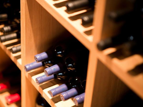La cantina dei vini Rablà Design Hotel Tyrol Rabland