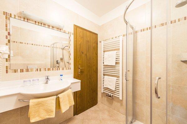 Foto del bagno Pensione + Appartamenti Lahn