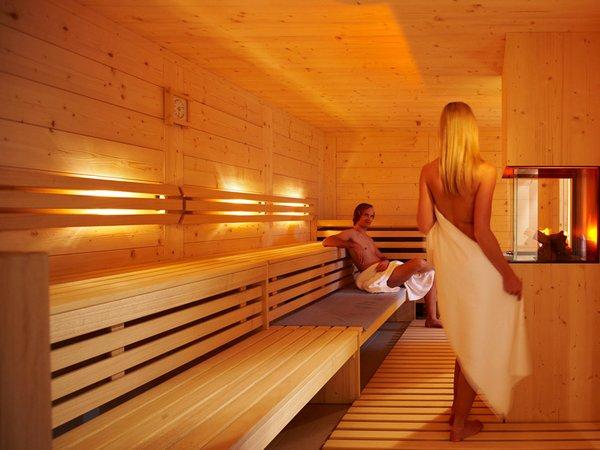 hotel der waldhof v llan meran und umgebung. Black Bedroom Furniture Sets. Home Design Ideas