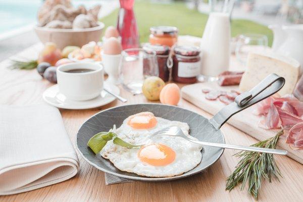 La colazione Im Tiefenbrunn - Hotel + Residence 4 stelle