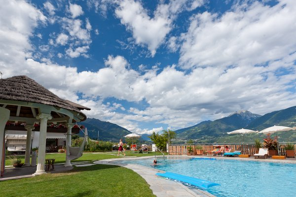 La piscina Valtnaungut - Hotel + Residence 3 stelle