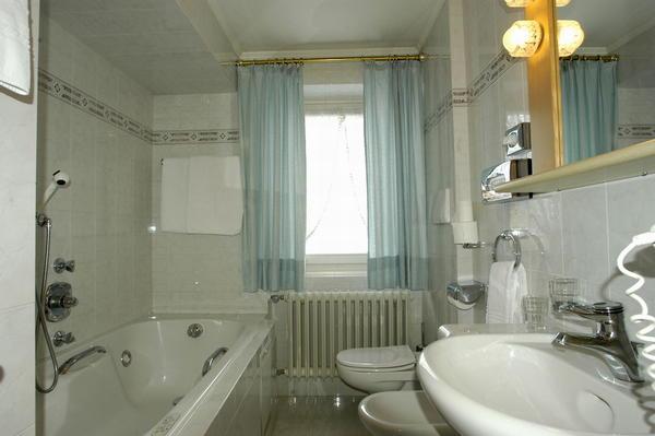 Foto del bagno Hotel Aurora