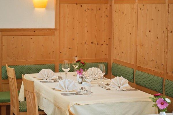 Il ristorante Santa Valburga (Val d'Ultimo) Vitalhotel Rainer