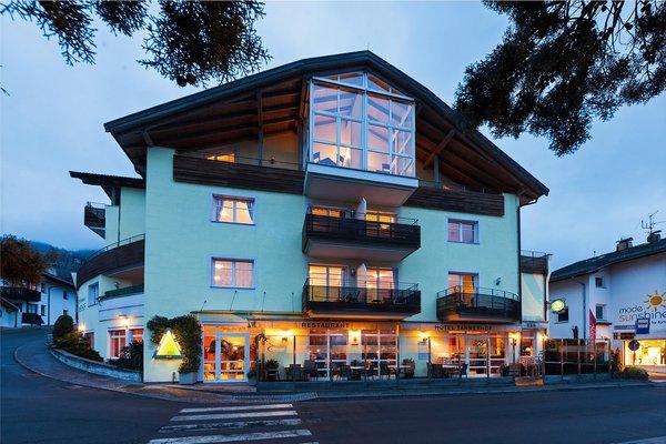 Foto esterno in estate Hotel Tannerhof