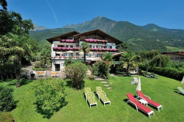 Foto estiva di presentazione Hotel Laurin