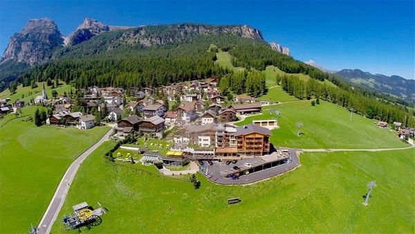 La posizione Mountain Panoramic Wellness Hotel Dolasilla La Villa